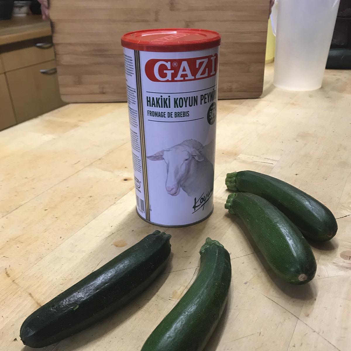Zucchini Schafskäse