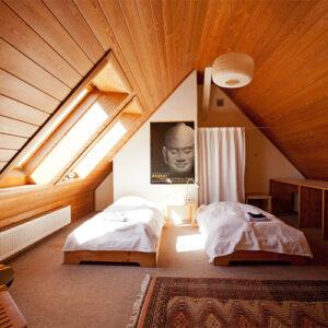 Dachgeschoss Zimmer HZH